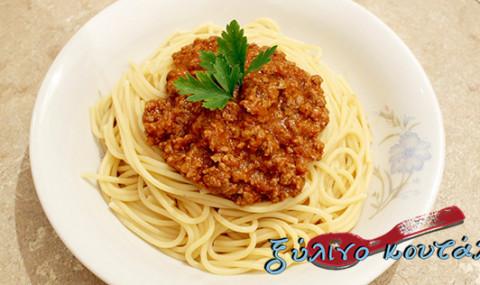 Σπαγγέτι με Σάλτσα Κιμά